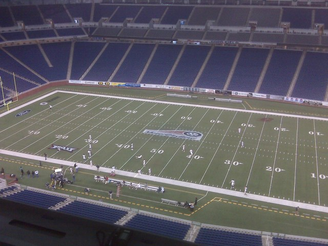Florida Atlantic University practicing at Ford Field for the MotorCity Bowl