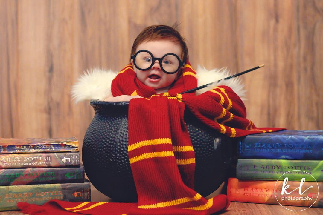 a magical harry potter photo shoot that turned baby lorelai into an internet sensation