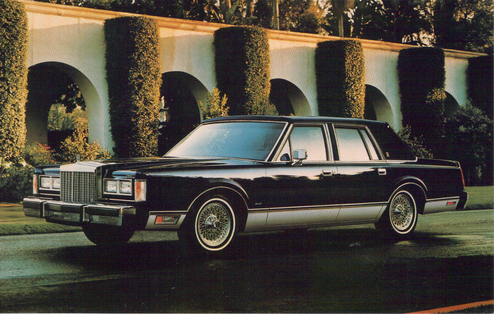 hight resolution of classics in traffic 1985 cadillac fleetwood brougham 1989 lincoln town car buses broughams