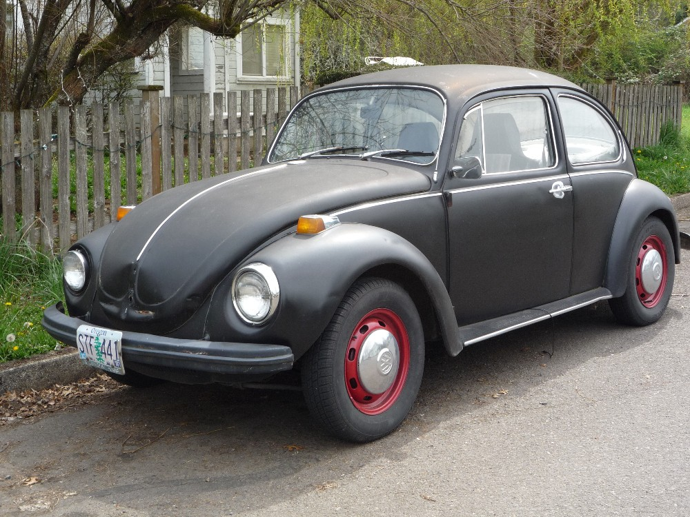 Curbside Clic: 1971 VW Super Beetle: 1971 Small Car Comparison No.