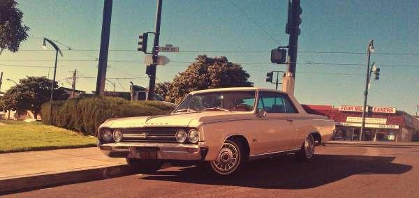 Olds Cutlass 1964 LJ