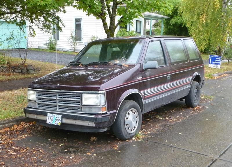 Curbside Clic: 1989 Dodge Caravan Turbo – Desperate Measures