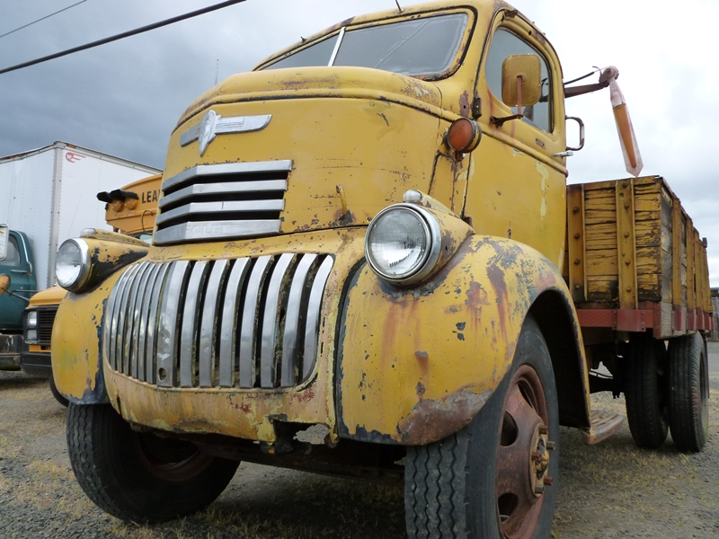 Classic automotive history the rise and fall of the american coe while the coe format has existed almost as long as internal combustion trucks they started to become more common in the mid late thirties as a way to sciox Images