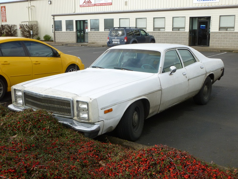 Curbside classic 1978 plymouth fury ex cop car i d for 1976 plymouth fury salon