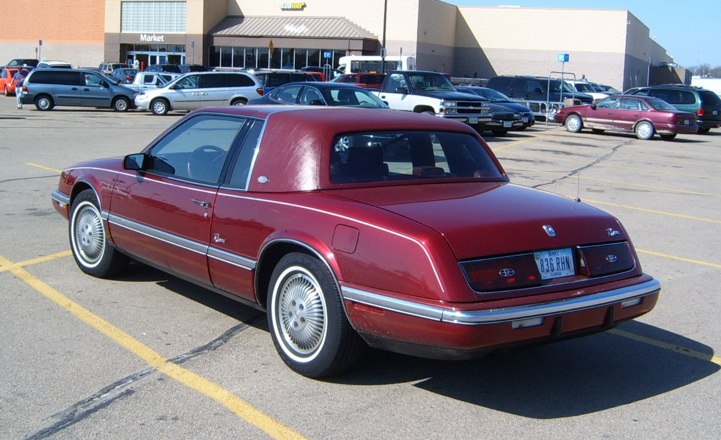 Curbside Classic 1989 Buick Riviera What The 1986 Riviera Should Have Been Curbside Classic