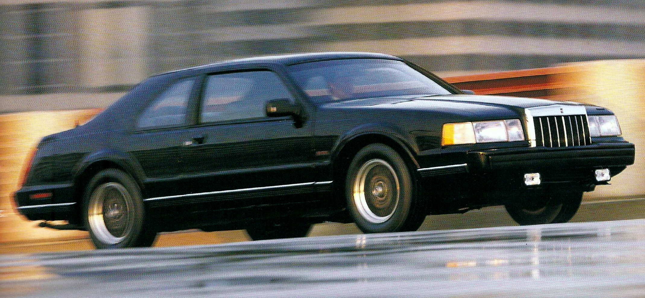 The mark vii was the first mark that could seriously be called a driver s car the styling is pretty timeless and doesn t look dated even today