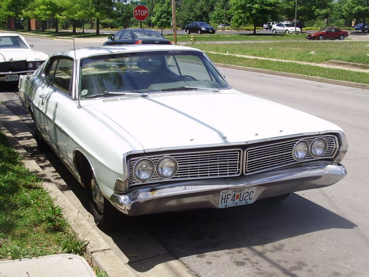 curbside classic 1968 ford galaxie 500 sportsroof always. Cars Review. Best American Auto & Cars Review