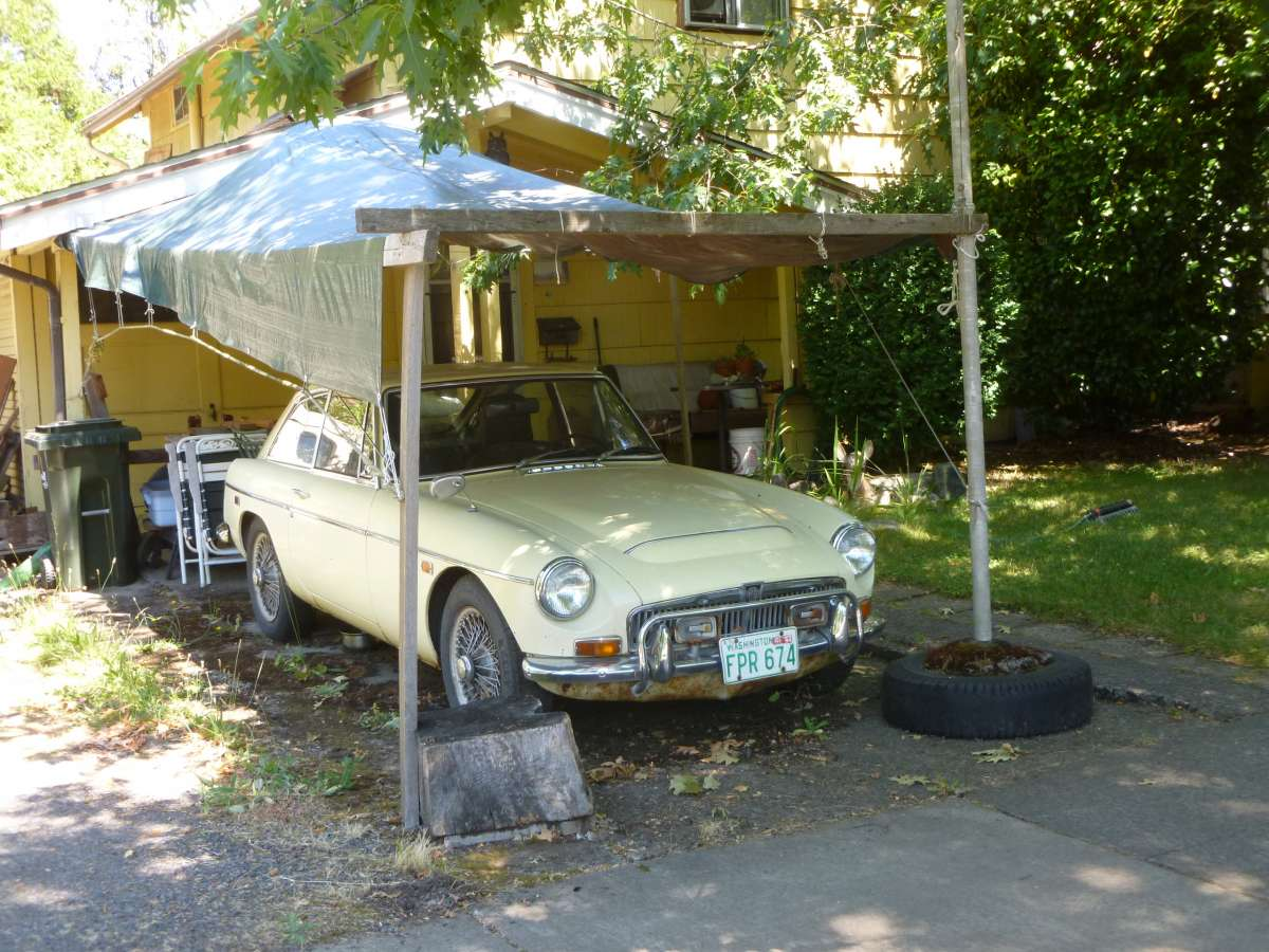 Curbside Classic: MGC GT – Woulda' Shoulda' Coulda' Had The