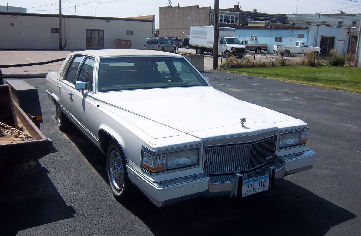 Curbside Classic: 1992 Cadillac Brougham – The Only Way To Travel Is ...