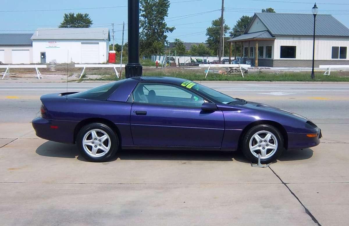 Camaro 1997 chevrolet camaro coupe : Curbside Classic: 1997 Chevrolet Camaro – Conspicuously Purple