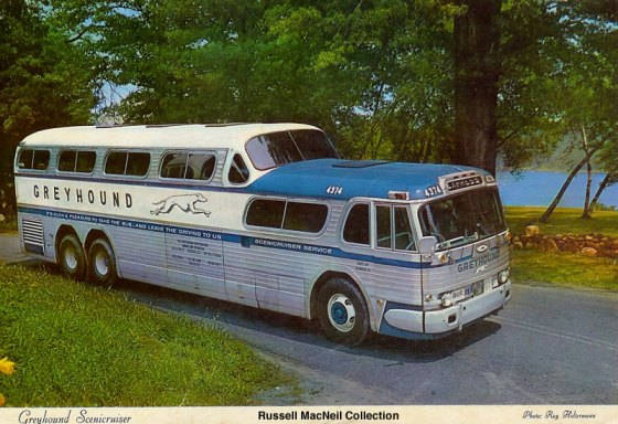 greyhound-scenicruiser-postcard-circa-1961