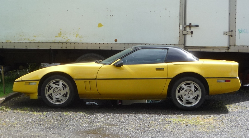 Curbside Classic: 1990 Chevrolet Corvette – GM's Deadly Sin #9