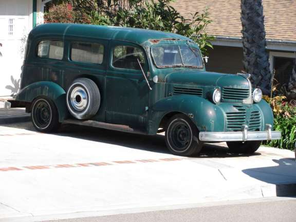 Dodge 1946 Suburban