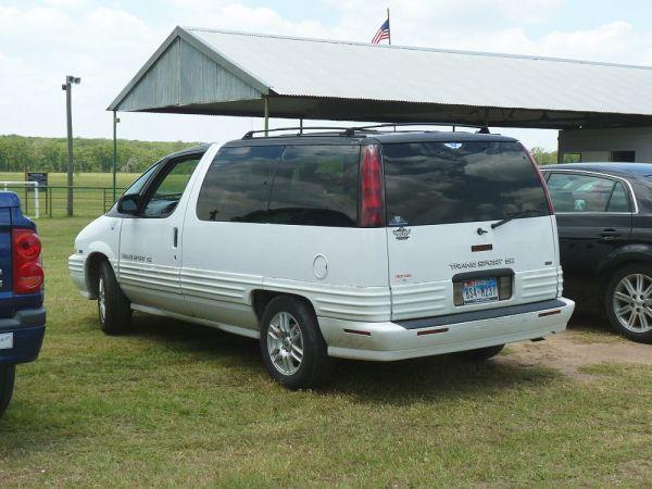 1994 Pontiac Trans Sport 04 rear 3_4