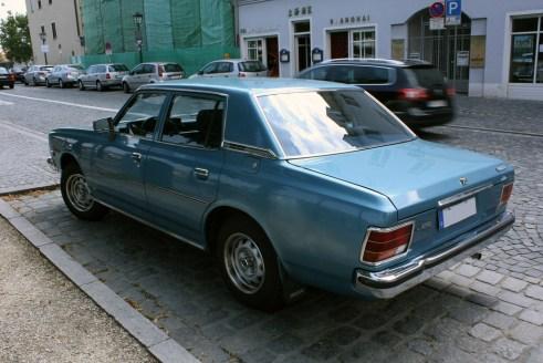 Mazda 929L r