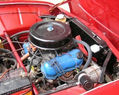 Saab_96_V4_Sedan_Engine_1