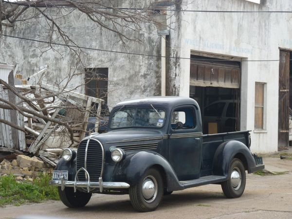 1939 Ford Pickup Kenedy TX 120223