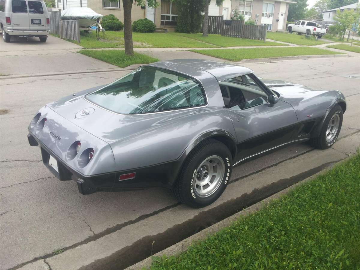 Curbside Classic Capsule 1978 Chevy Corvette Silver