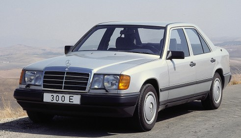 Curbside Clic: Mercedes W124 (1985-1996 E-Cl) The Best Car Of ... on