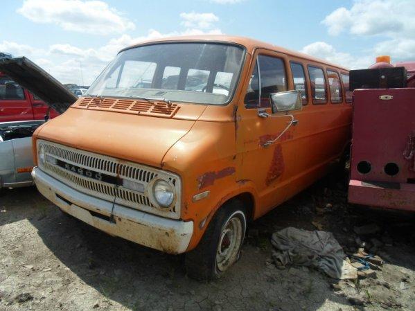 1972 Fargo Tradesman 200