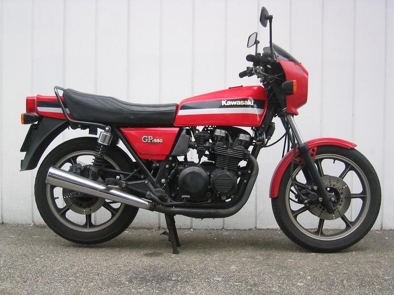 COAL: 1984 Kawasaki GPz550 – Let The Good Times Roll!