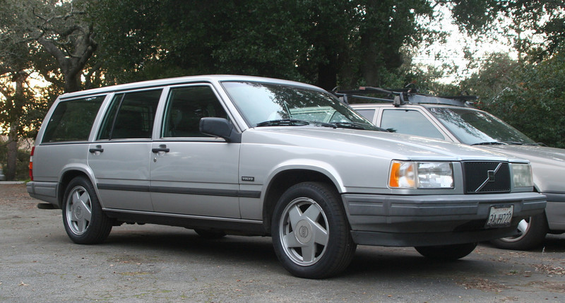 Volvo 740 wagon