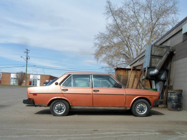 Fiat Brava side