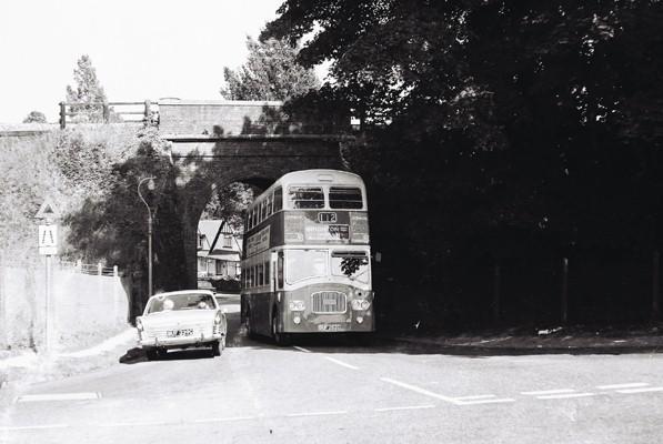 Narrow lane 2