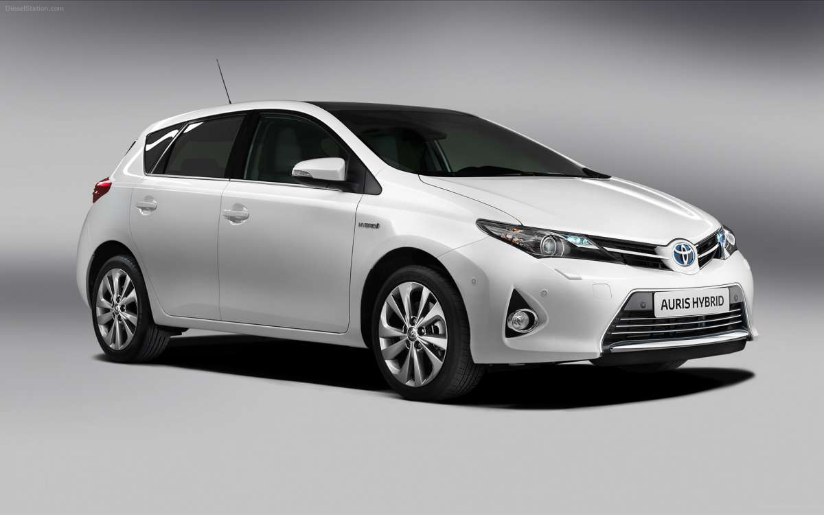 Reliability Day Toyota Auris Hybrid First Car To Ace 100 000 Km