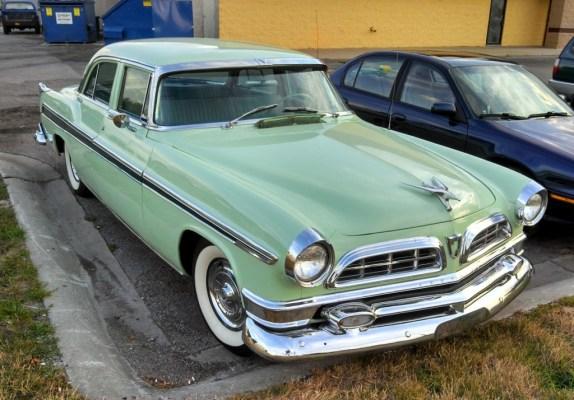 1955ChryslerNewYorker10