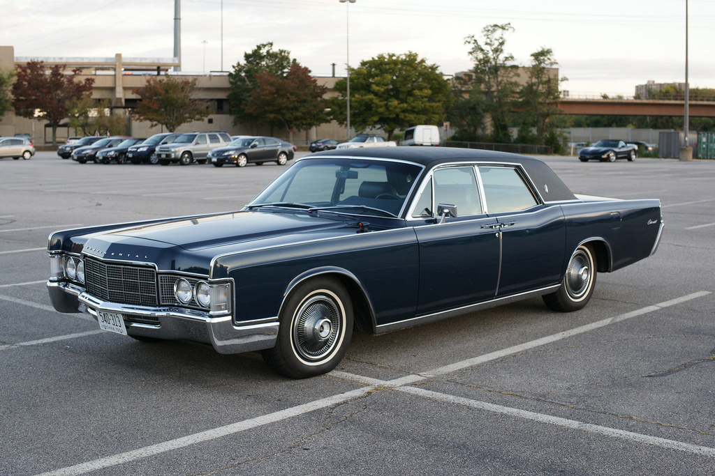 Cohort Sighting: 1969 Lincoln Continental – The End Of That Road