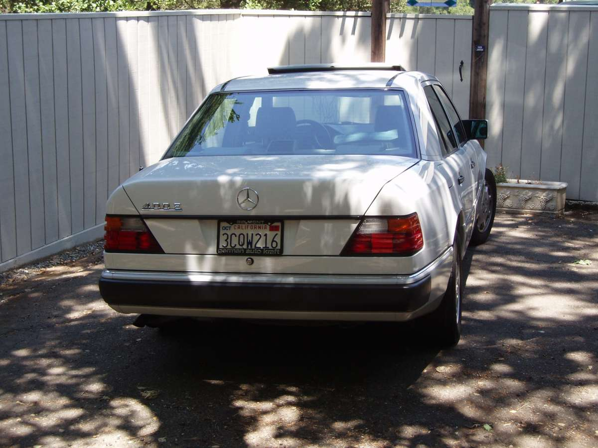 Coal 1992 Mercedes Benz 400e The Sleeper W124 Wiring Harness Part Number Then In Decided To Expand Range Car That Got All Press Was 500e Basically A 300e With 5 Liter V8 Engine Wider Track