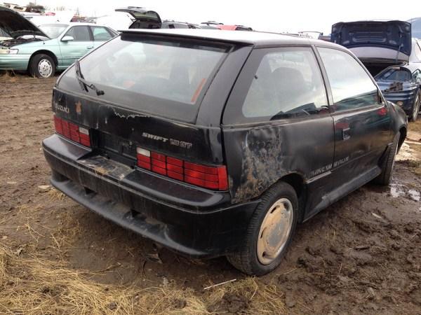 1989 Suzuki Swift GT rear