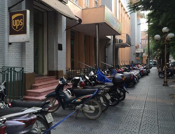 Kickstand Classic: Honda Super Cub (Honda 50) – Vietnam's Immortal