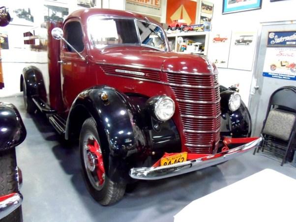 1937 International D-30
