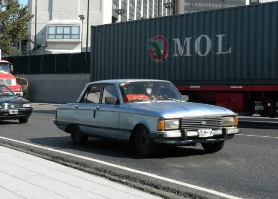 Ford ARG Falcon silver 1