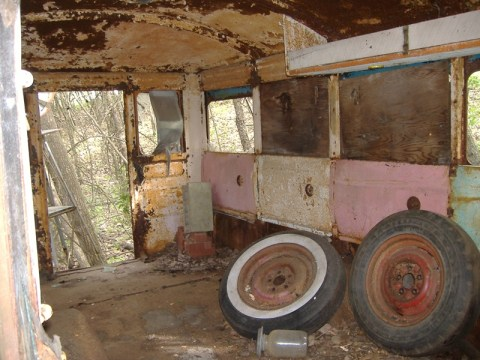 Ford Bus 024