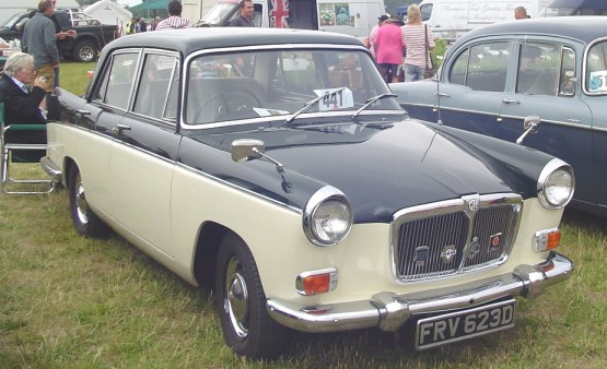 MG Magnette MkIV