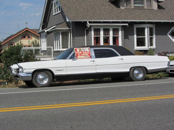 Pontiac-1965-stretch-sedan