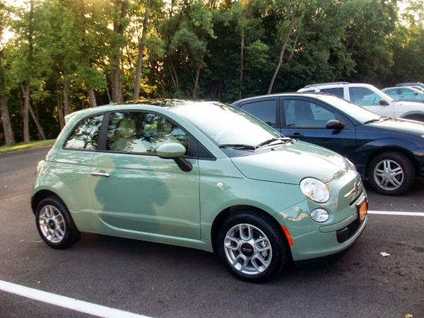 cc capsule nouva fiat 500 they came in verde chiaro back then. Black Bedroom Furniture Sets. Home Design Ideas