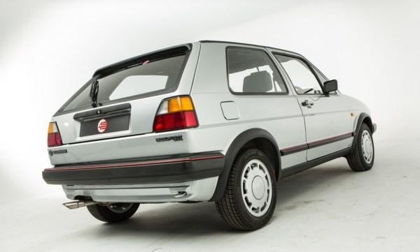 1986-Silver-VW-Golf-GTi-1-1024px