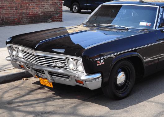 Chevrolet 1966 Impala 427 crop