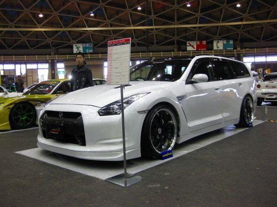 Nissan-GT-R-Wagon-2
