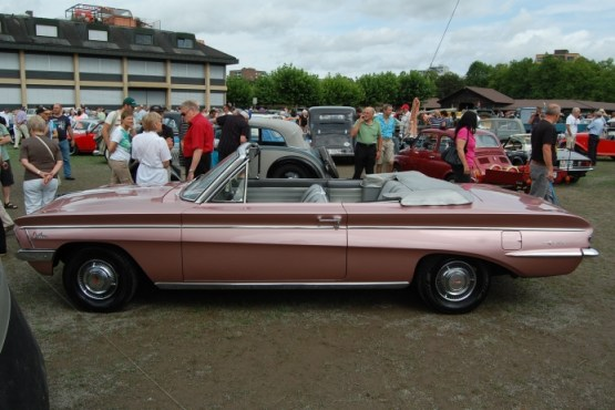 Oldsmobile 1961 Cutlass 1st generation 1961-1963 (1962 F-85 cabriolet 2d) (01) [BA1]