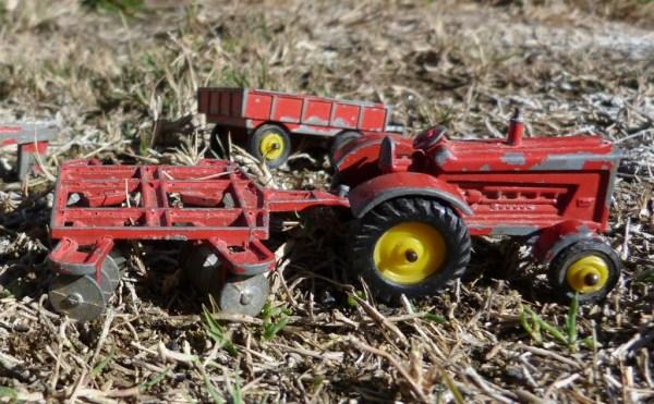 Tootsietoy tractor