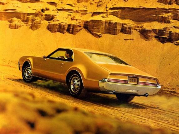 1966OldsToronadoAd05-crop