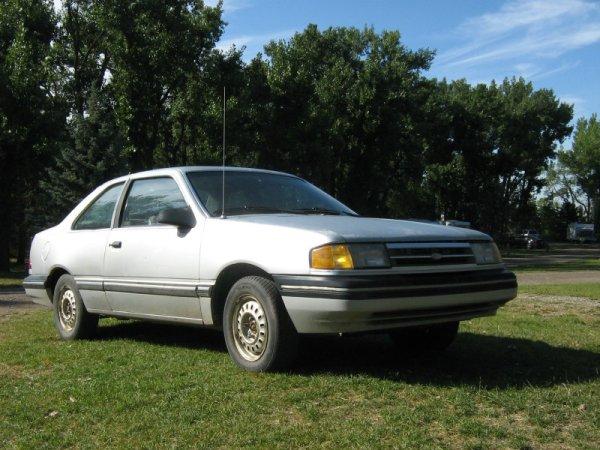 1988 Ford Tempo L