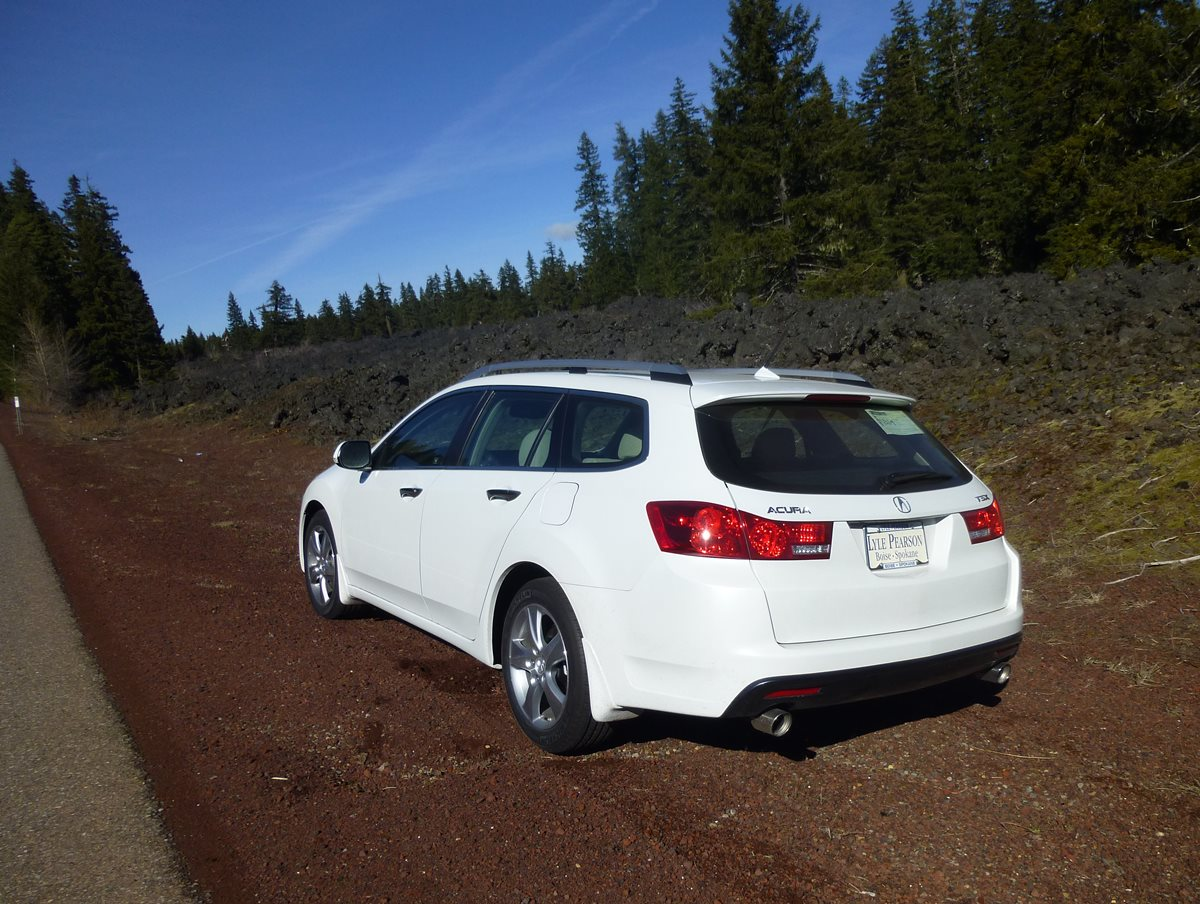 our new future cc 2013 acura tsx sport wagon not an. Black Bedroom Furniture Sets. Home Design Ideas