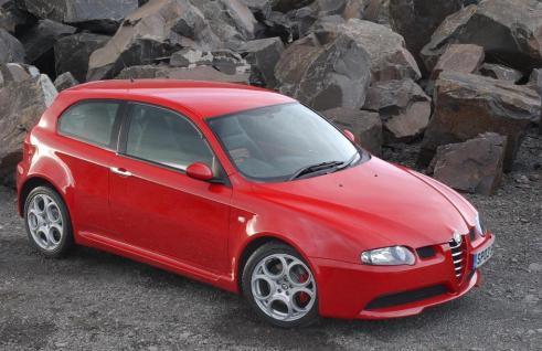 L-Alfa-Romeo-147-GTA