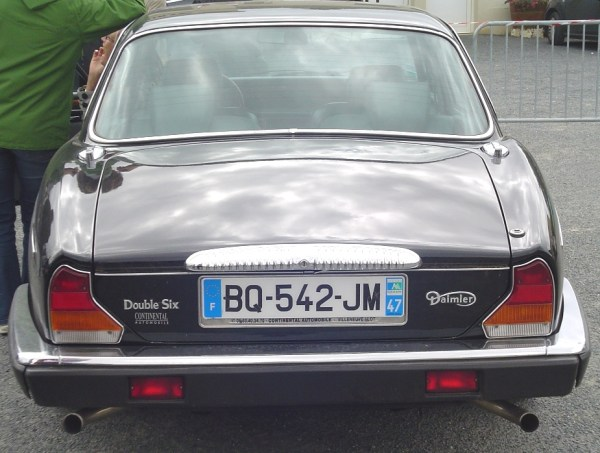 Daimler Double Six_4